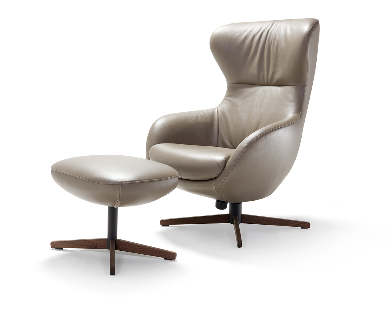 jester sessel von signet super bequem mit starkem auftritt. Black Bedroom Furniture Sets. Home Design Ideas